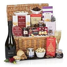 The Traditional Christmas Hamper: Send Mother's Day Gifts to UK