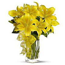 Bright beauty: House Warming Flowers to USA