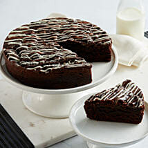 Cookies and Cream Brownie Cake: Send Gifts to Indianapolis, USA