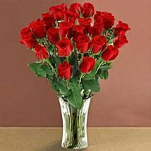 Long Stem Red Roses: Flowers to Ontario