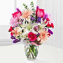 Peaches N Cream Bouquet: Mothers Day Gifts to USA