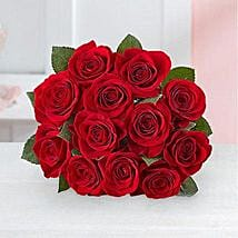 Red Romantic Bouquet: Valentine Gifts to San Diego