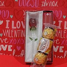 Rose N Chocolates Combo: Valentine's Day Gifts to Houston